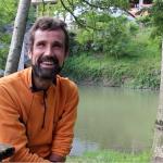 [BIDEOA]  Gorka  Alberdi  ibai  inguruko  zaborraren  inguruan