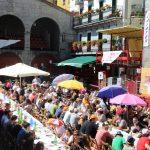 Euskal  preso,  iheslari  eta  deportatuen  eskubideen  aldeko  bazkari  jendetsua