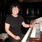 Loreto Fernandezek organo kontzertua eskainiko du larunbatean Aizarnan