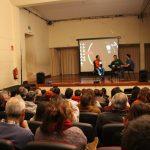 Kultur Etxea goraino beteta 'Pumori, mendiaren alaba' dokumentalaren emanaldian