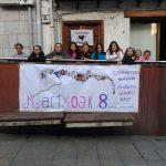 [ARGAZKIAK] Emakumeen mural margoketa egin dute gaur Gaztelekuan